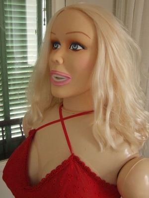 Women With Blow Up Dolls Galleries 52